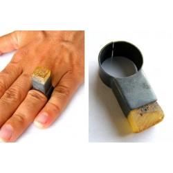Pierścionek BURSZTYN matowy oksydowane srebro KOSTKA